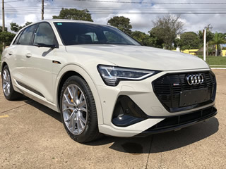 Rodamos pelas ruas de Campo Grande com o Audi e-tron; SUV 100% elétrico