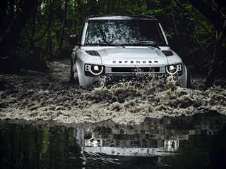 Novo Land Rover Defender chega custando a partir de R$ 400.750
