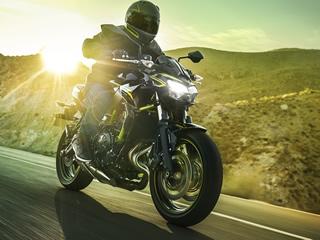 Kawasaki apresenta Z e Ninja650 para 2021